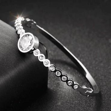 S.G Bangle Crystals Silver (Sabr)