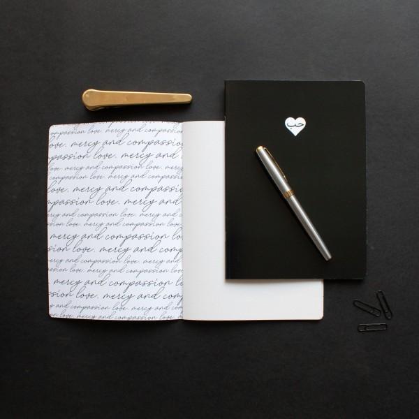 NoteBook A5 - Black Hub Heart Design